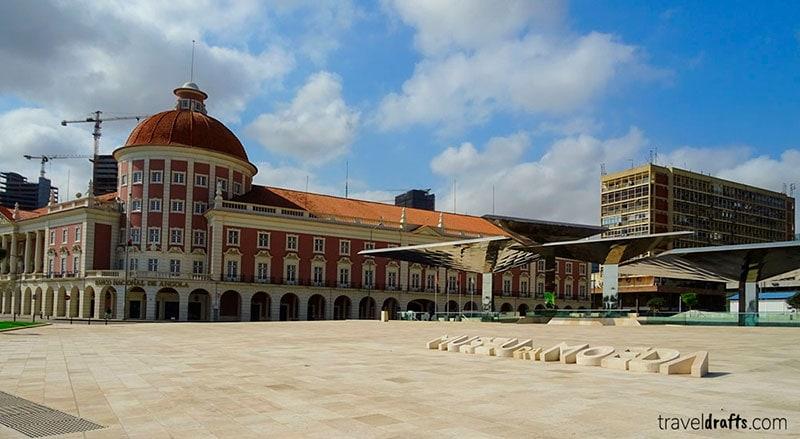 Angola Tourism - The National Bank Building