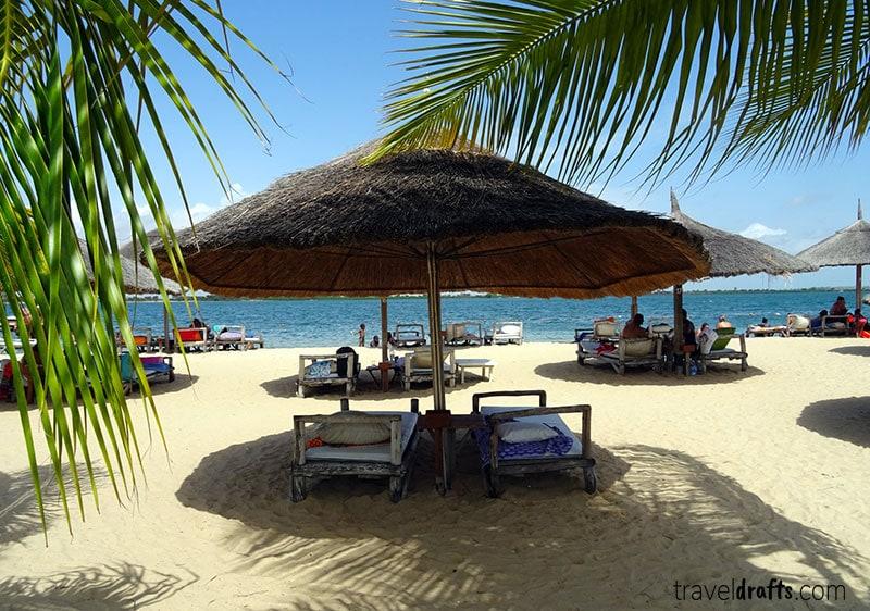 Praia do mussulo - uma das maiores atracções turisticas de Angola