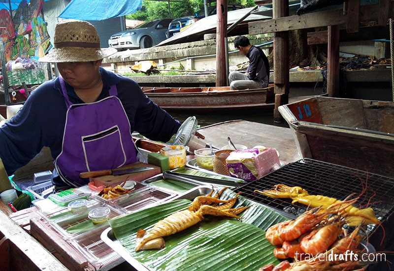 Floating markets in Thailand - things you need to know when traveling to Thailand