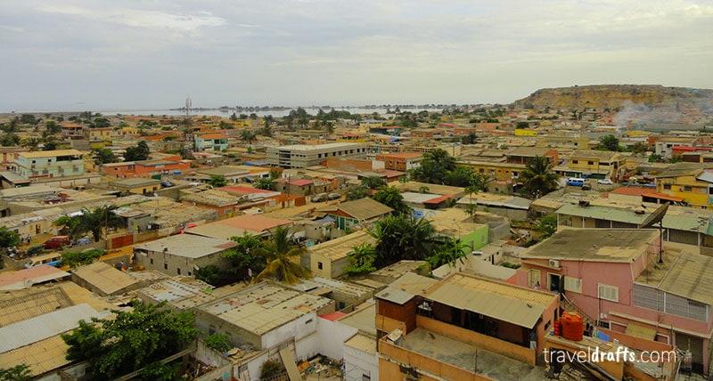 Viver e trabalhar em Angola como expatriado