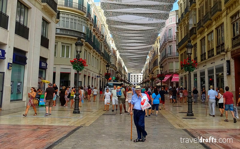 Avenida principal em Malaga