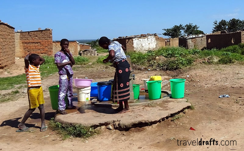 Aldeia tradicional no interior de Angola