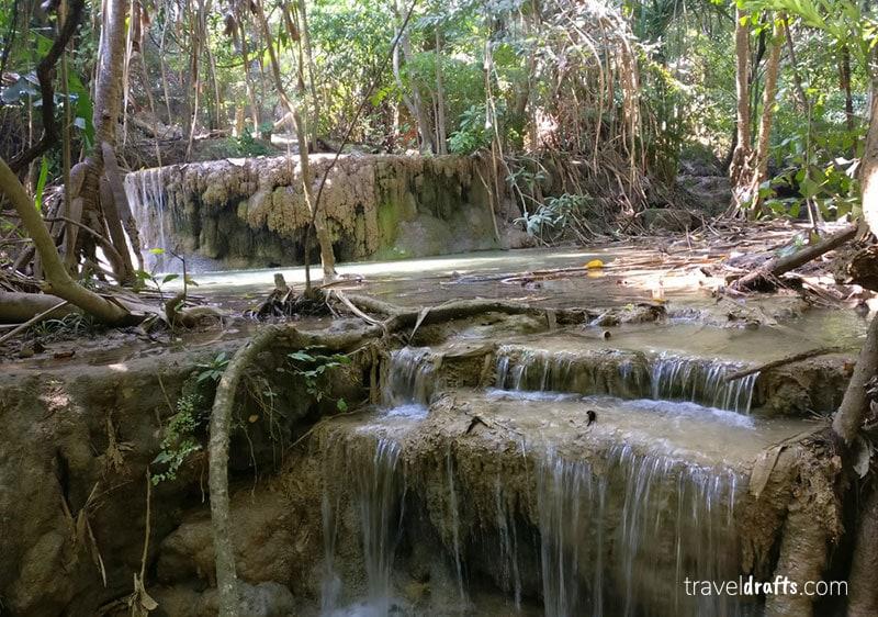 Erawan Falls- o que fazer em kanchanaburi