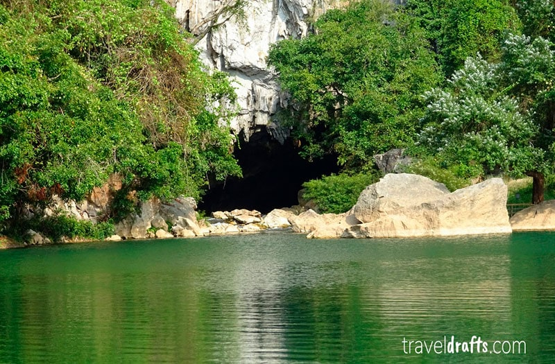 what do I need to know about Laos - Kong lor Cave Entrance