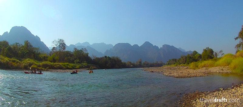 O que fazer em Vang Vieng? tubing