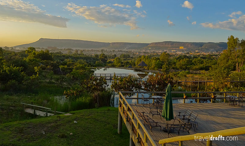 Where to go in Angola? To Pululukwa resort Lubango