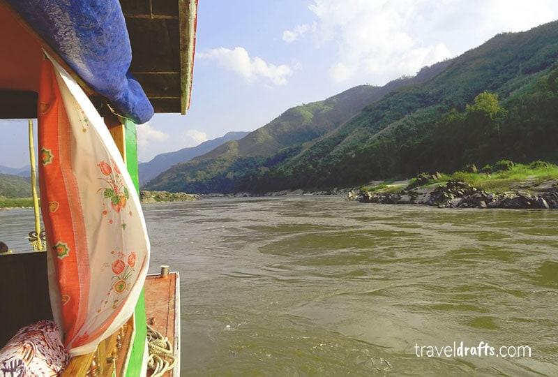 Slow boat no Mekong