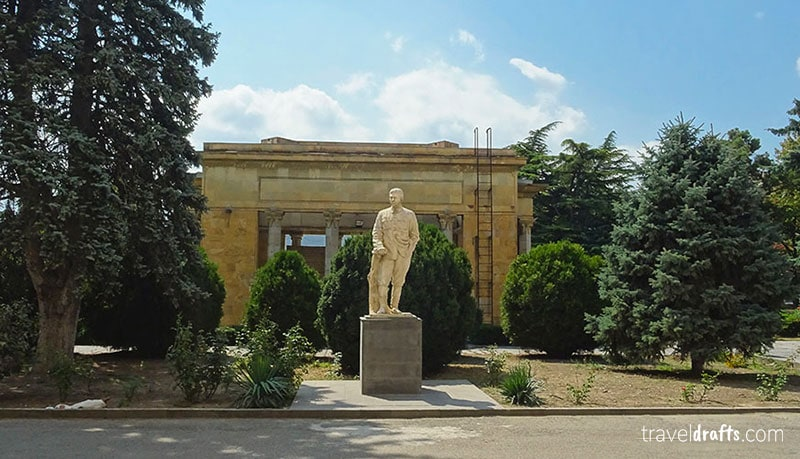 Stalin statue in Gori, Travel to Georgia