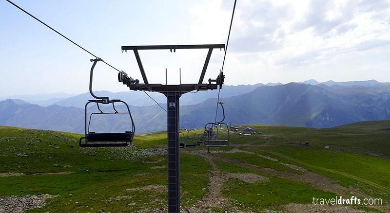 Best things to do in the Georgian Military Road in winter - Gudauri ski resort