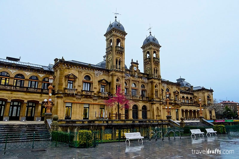 Visiting San Sebastian in 3 Days - City Hall San Sebastian