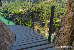 how to do caminito del rey