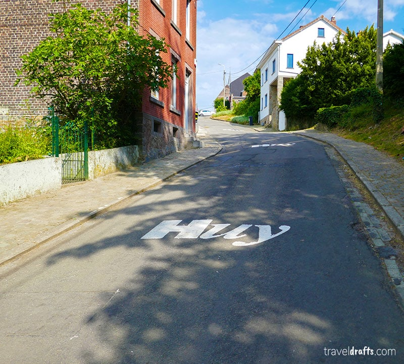 a different travel attractions in Belgium - Mur D'huy