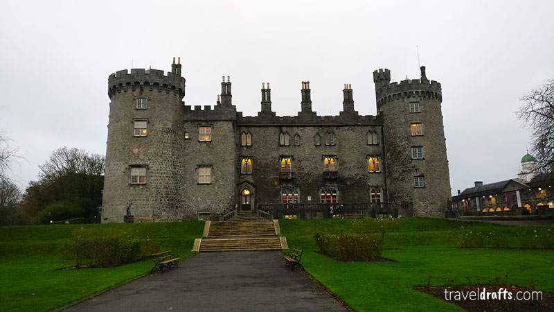 Kilkenny Castle - Travel Guide Ireland