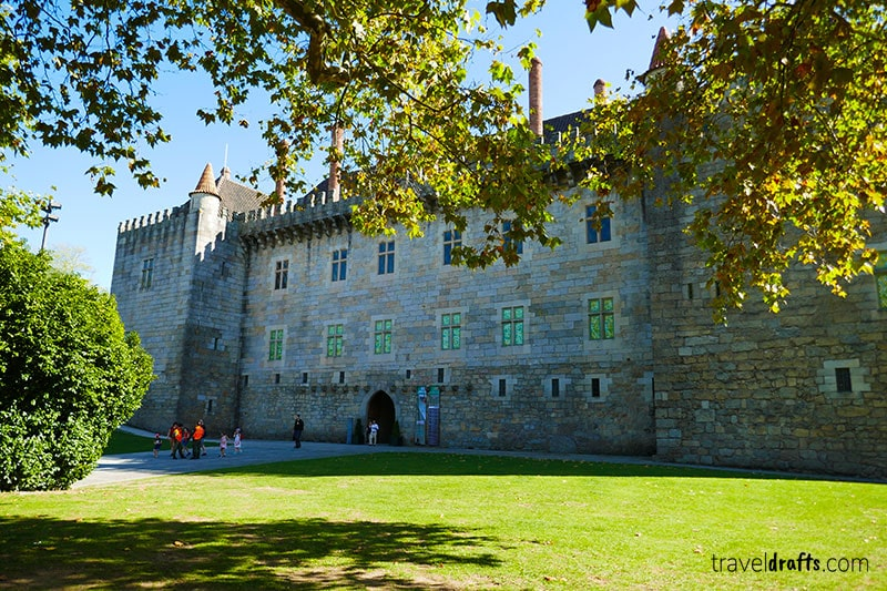 what to do in Guimarães