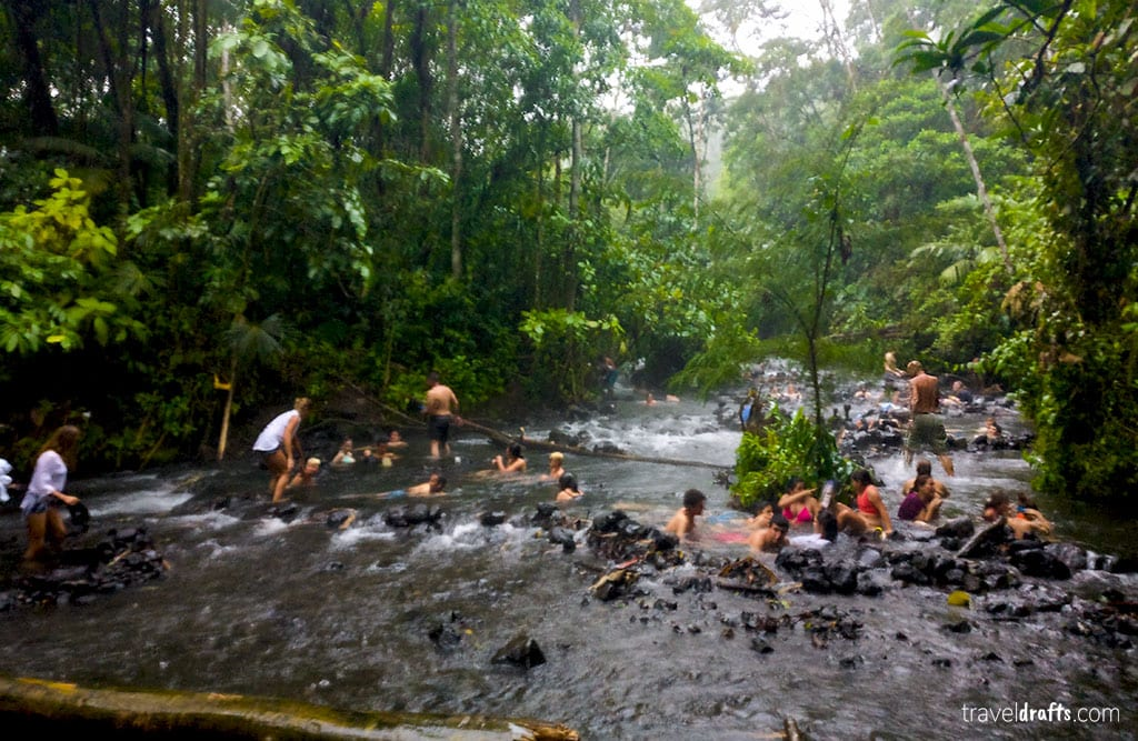 Money and costs of traveling to Costa Rica