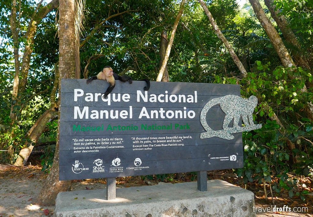 Tourist attractions in Panama and in Costa Rica