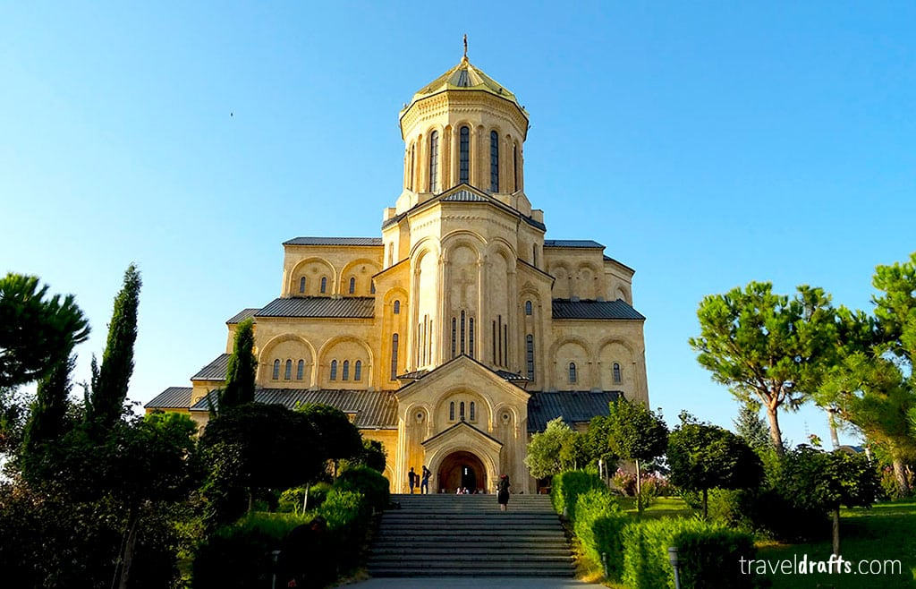 how to go to Tbilisi city center from the Airport