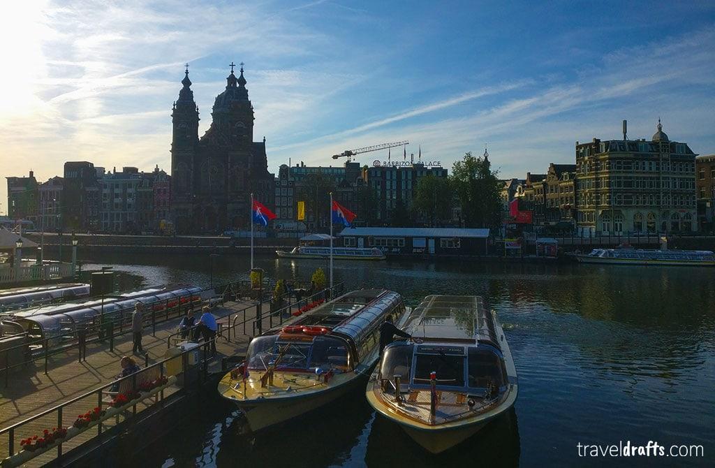 Dá para fazer um cruzeiro enquanto se faz uma escala em Amesterdão