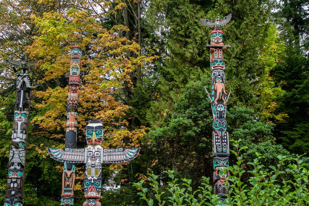 Totems in Stanley Park Canada - What is Canada famous for?