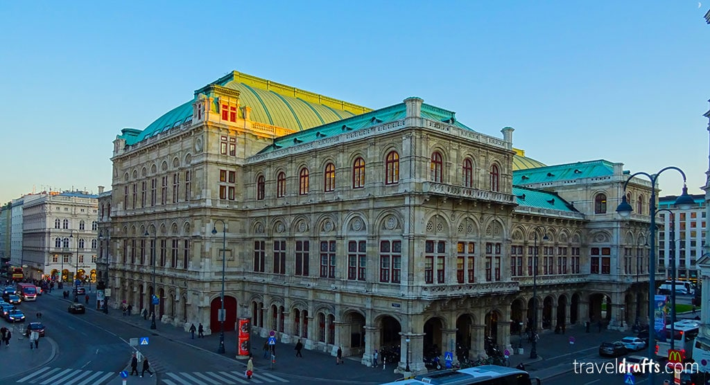 Best country to visit Vienna or Buapest