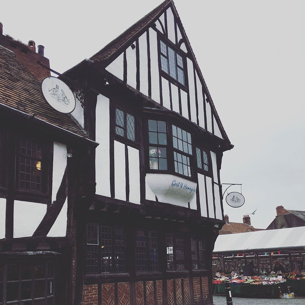 Pubs in England What is England famous for?