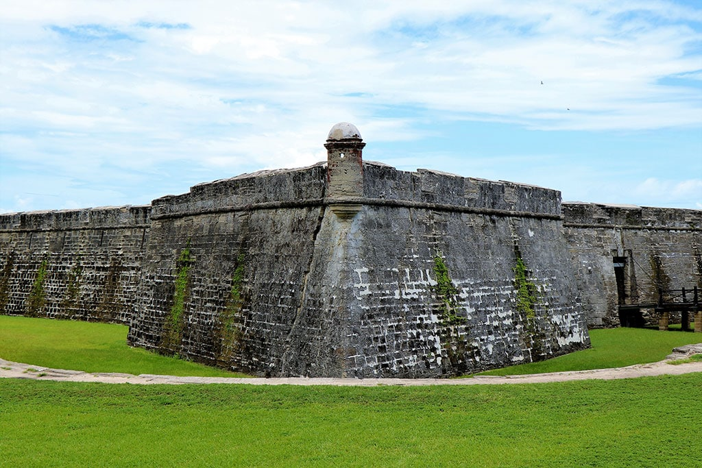 Fort st augustine What is Florida Famous For?