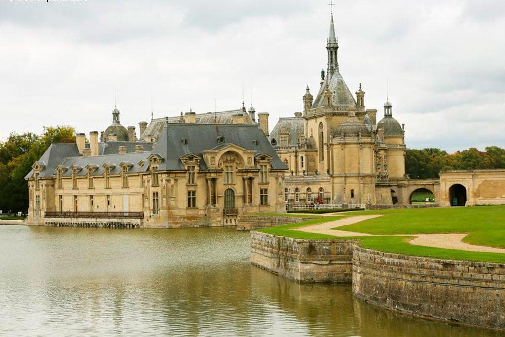 Landmarks you should visit in France