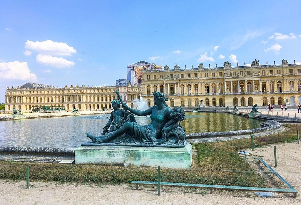 France famous landmarks