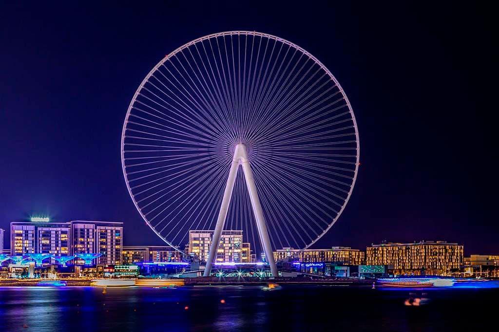 Top famous things in Dubai