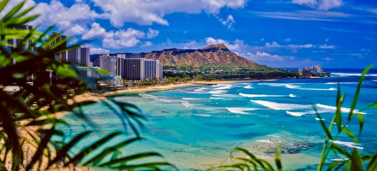 Famous landmarks of Hawaii cover